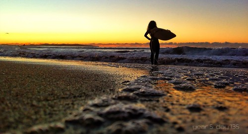 beach silhouette sunrise australia nsw cronulla 365project iphoneography therealshire
