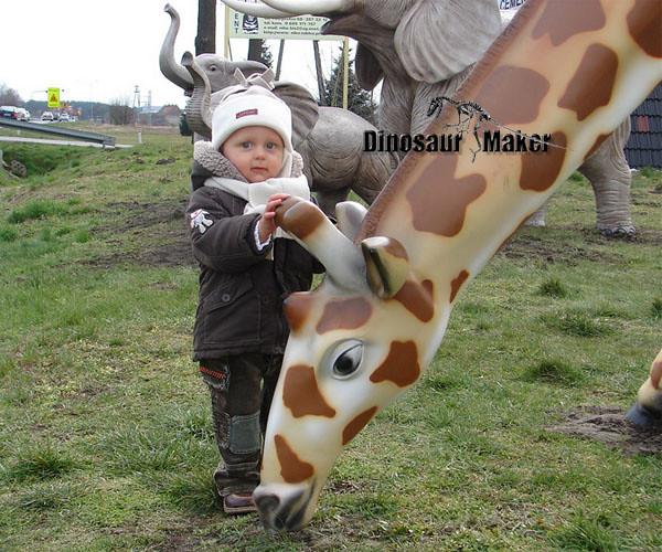 Animatronic Animal as Zoo Decorations