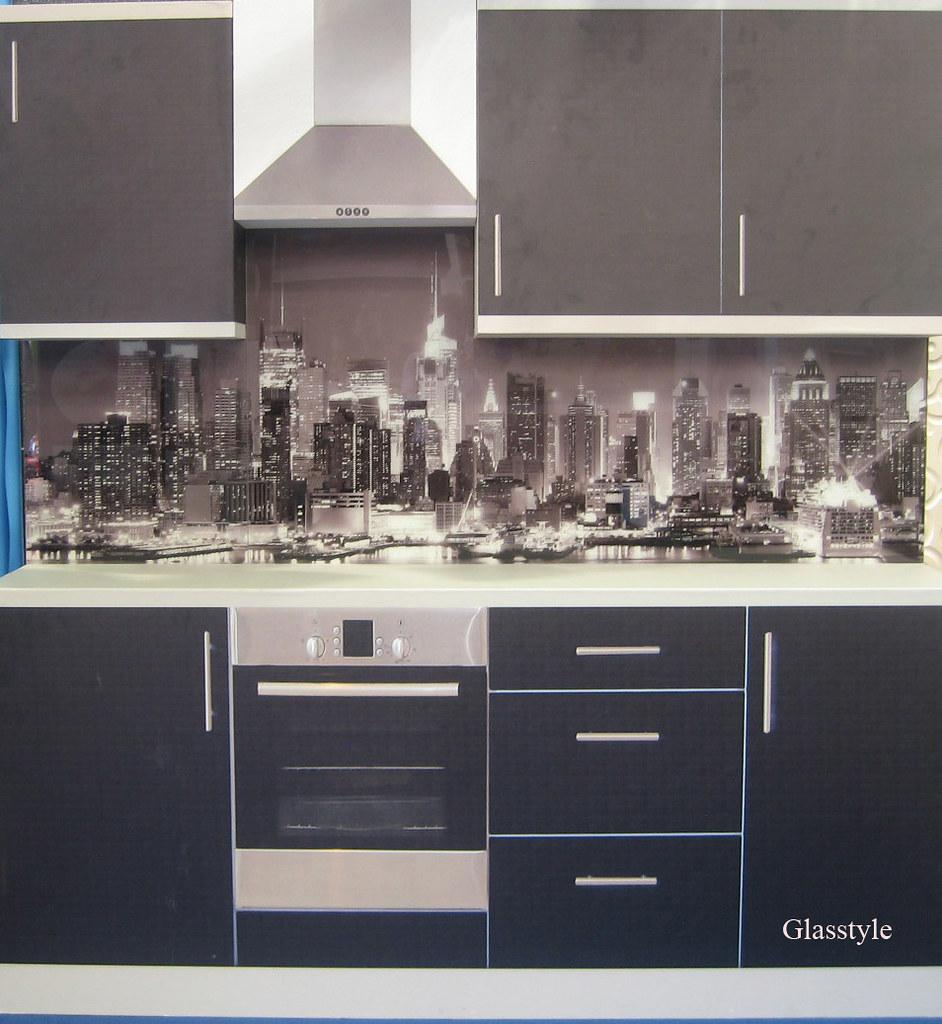 Idee decorazioni pareti cucina : idee per decorare parete cucina ...