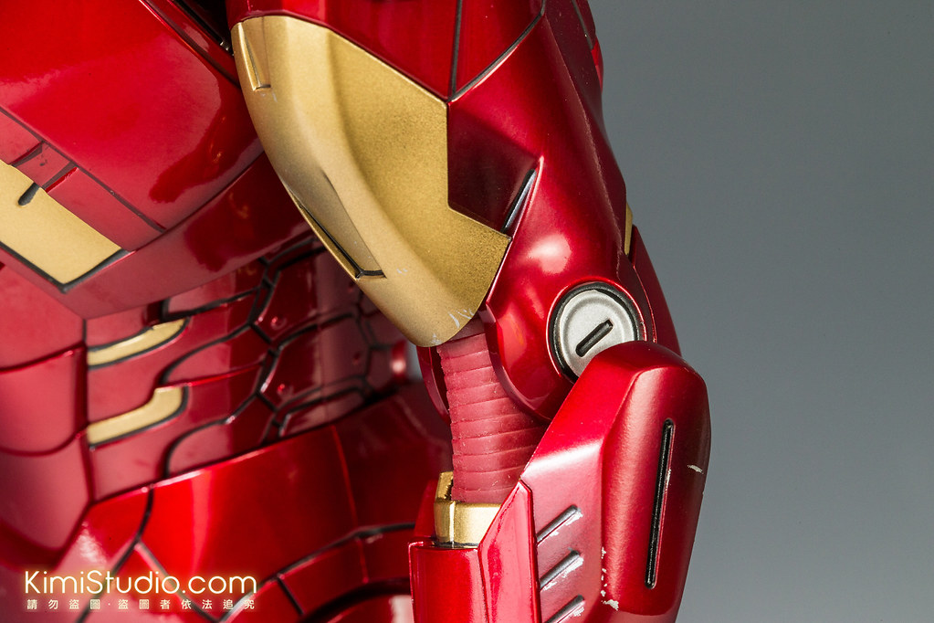 2013.06.11 Hot Toys Iron Man Mark VII-033