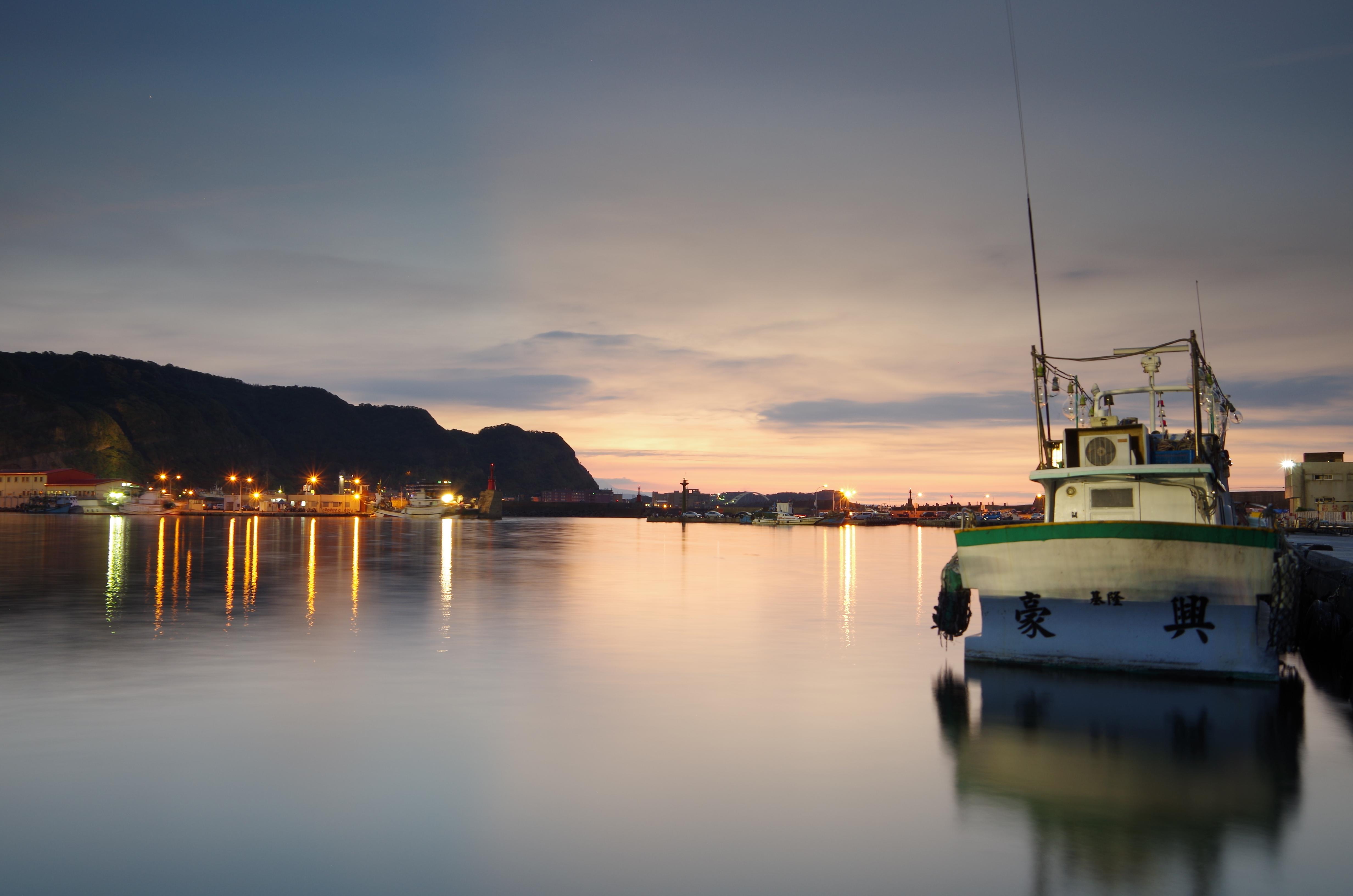 福隆海邊出遊以及第一次搖黑卡拍黃昏