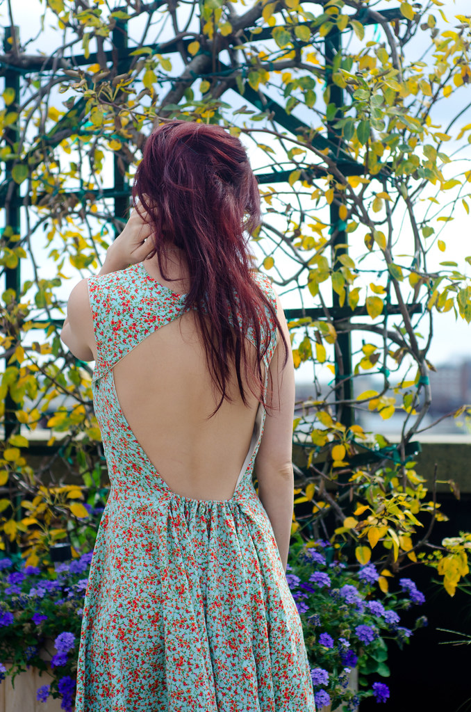 Backless Belladone