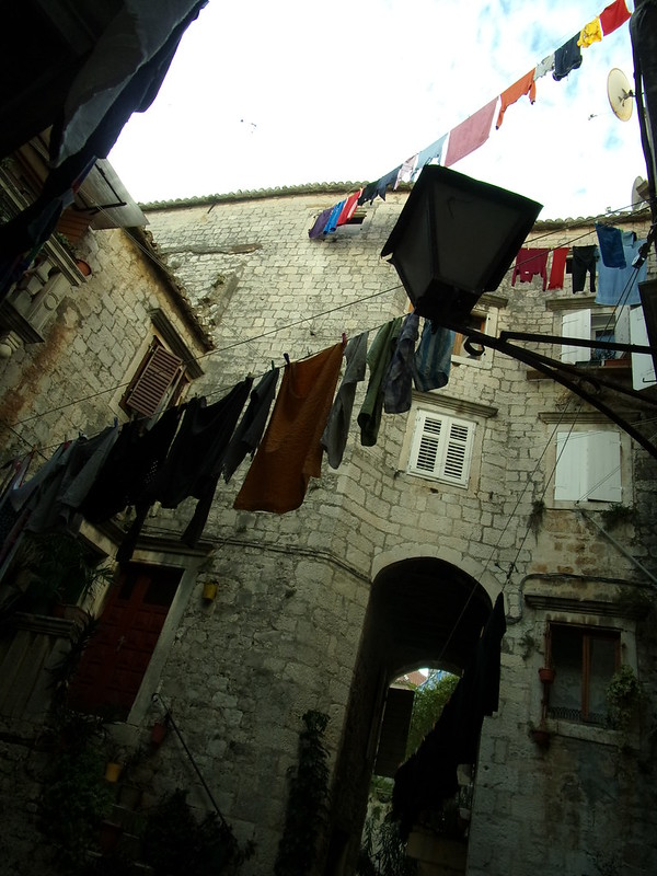 Many lines of laundry, Trogir