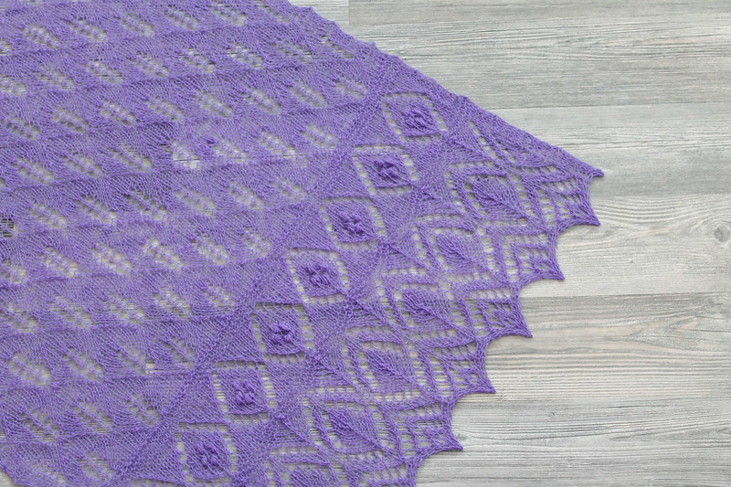 "Lilac ""Lily leaves"" shawl"