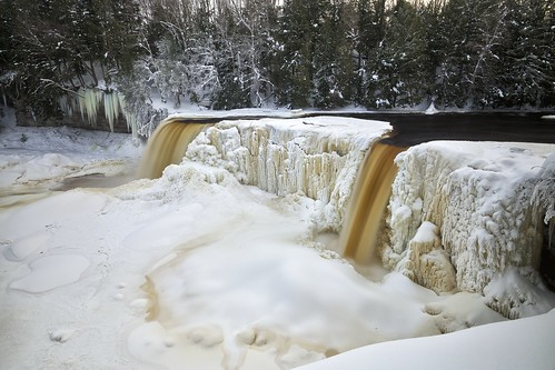 longexposure winter snow cold ice nature water landscape waterfall scenery unitedstates michigan scenic gorge upperpeninsula icicles icesculpture tahquamenonfalls frozenwaterfall northernmichigan thebrink tahquamenonriver lucecounty 5seconds tannin hiawathanationalforest neutraldensityfilter nikcolorefex tonalcontrast hoyandx16 detailextractor fujixe1 xf14mm