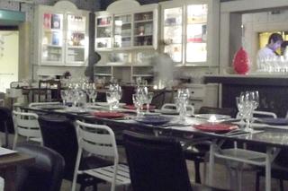http://hojeconhecemos.blogspot.com.es/2012/03/eat-pharmacia-lisboa-portugal.html