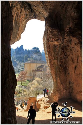 Cueva Grande, P.N. Cañón del río Lobos (Soria, España)