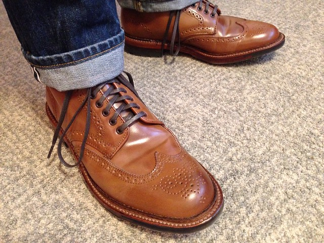 ALDEN Shell Whiskey Wingtip Boots