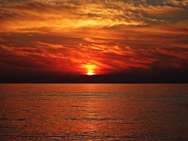 El Mediterráneo al amanecer (Explore 24/03/2015)