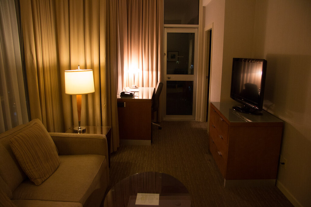 Living room in Deluxe Corner Suite at Westin Grand Vancouver