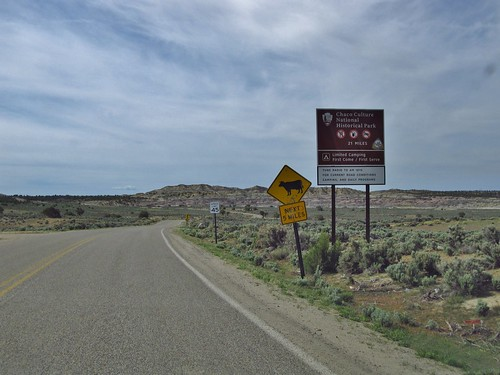 chacoculturenationalhistoricalpark chacoculture nationalparkservice nps newmexico road highway sign