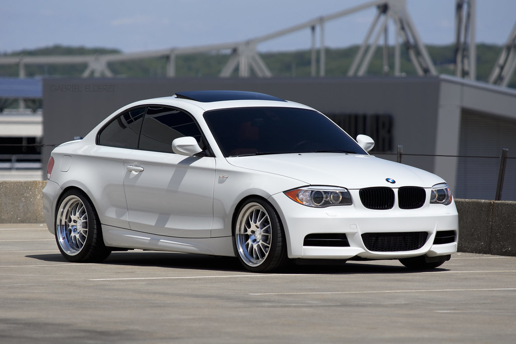 alpine white bmw 135i m sport klutch wheels. Black Bedroom Furniture Sets. Home Design Ideas