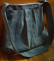 Turn Old Jeans into a New Bag
