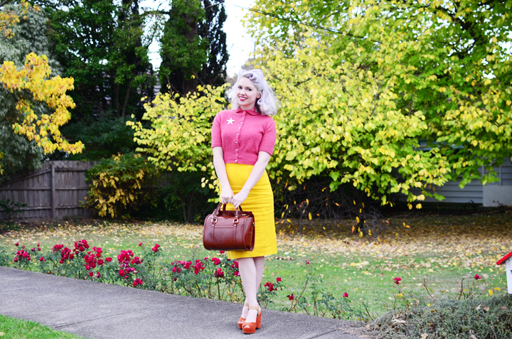 vintage-yellow-pencil-skirt a