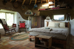 Cob House - New Interior - Gobcobatron