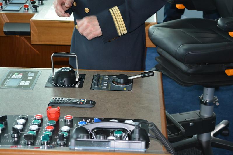 Manette de propulsion - A bord du MS CYRANO DE BERGERAC - Croisieurope - Bordeaux - 16 mai 2013