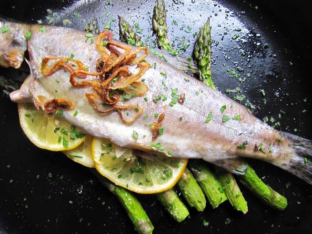 Roasted whole fish on asparagus logs not eating out in for Fish and asparagus