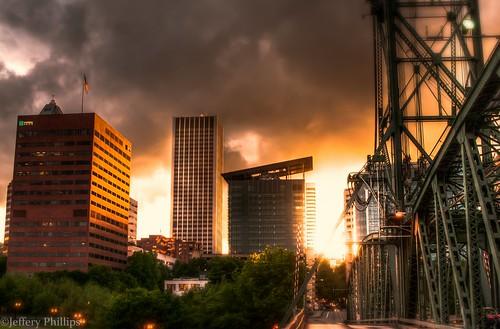 sunset hawthornebridge hdr usbankcorp edithgreen–wendellwyattfederalbuilding