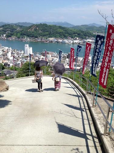 急坂を降りて千光寺へ by haruhiko_iyota