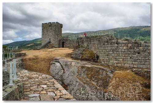 Castelo de Linhares da Beira by VRfoto