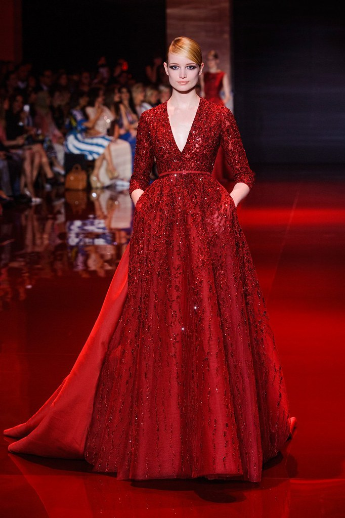 Top 10 haute couture collections fw 2013 2014 for How to become a haute couture designer