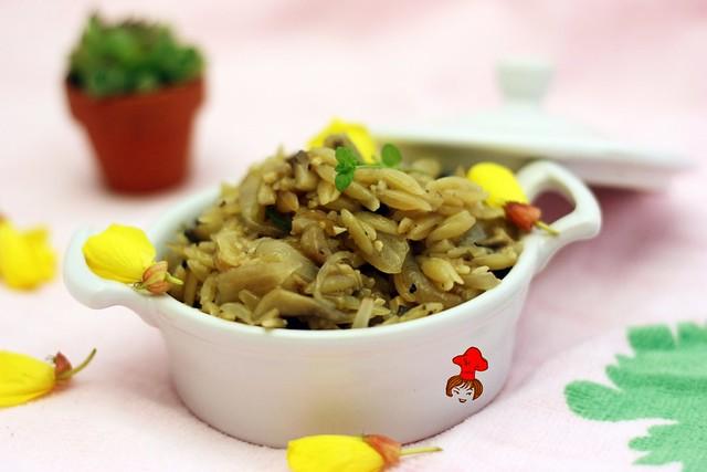 蘑菇義大利米麵 Mushroom Orzo 2