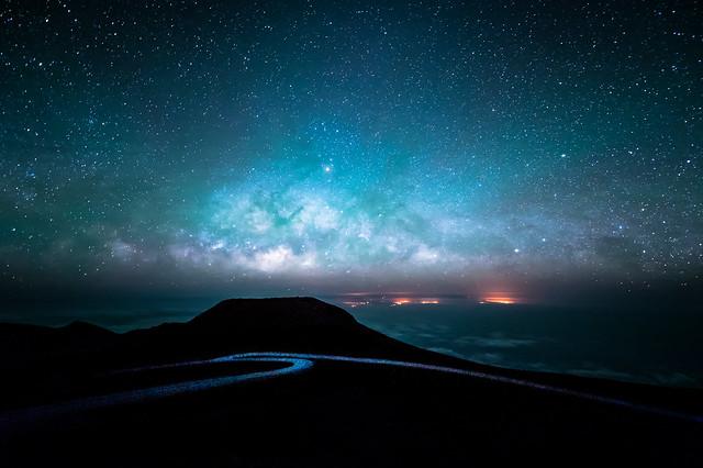 Milky way horizon flickr photo sharing - Space wallpaper road ...
