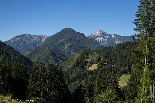 summer mountains alps hiking slovenia alpen slovenië kranj explorado storžič slovenije zgornjejezersko srednjivrh kozjivrh
