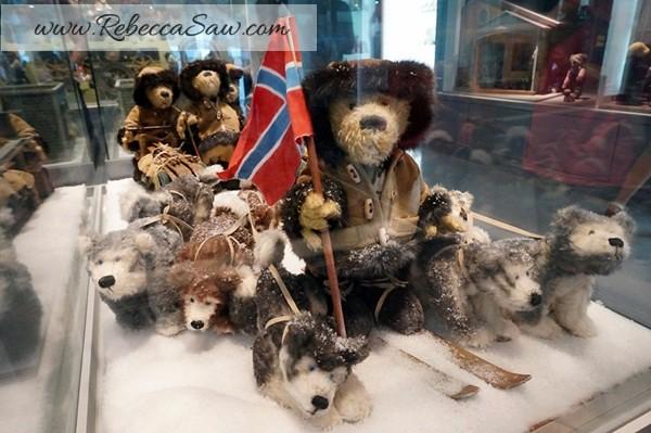 Teddy Bear Museum Jeju Island - Rebeccasawblog-026