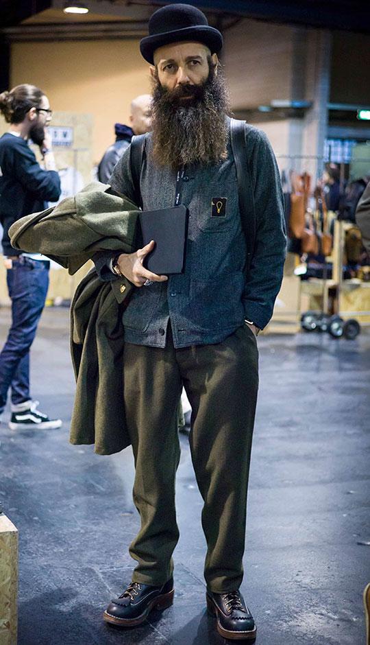 グレーワークジャケット×オリーブウールパンツ