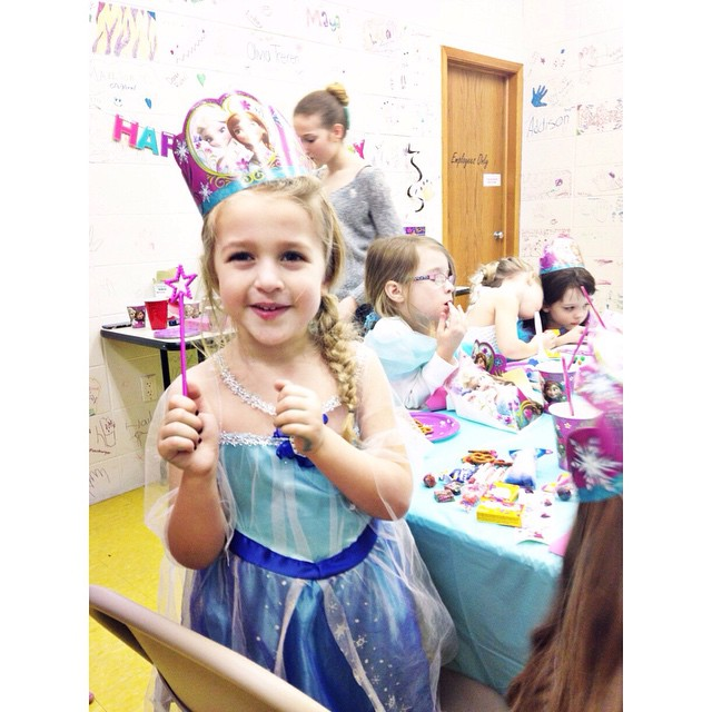 She is in princess birthday party heaven #missz