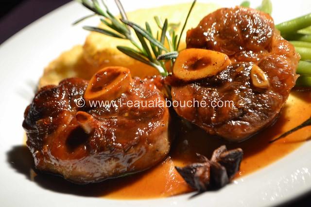Jarret de Porc Caramélisé Sauce Au Vin Cuit © Ana Luthi 058