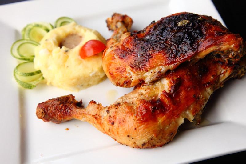 Bedrock cafe Roast-Chicken