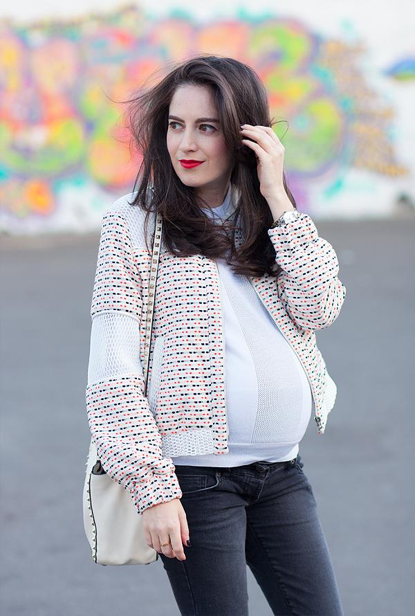 בלוג אופנה, בגדי הריון, אפונה בלוג אופנה, ג'קט, שבוע 31, ג'ינס הריון, LOVES, 31weeks, maternity clothes, israeli fashion blogger, valentino rockstud bag, תיק ולנטינו