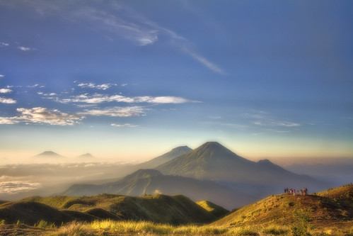 mountain sunrise canon landscape wideangle prau goldensunrise canon7d