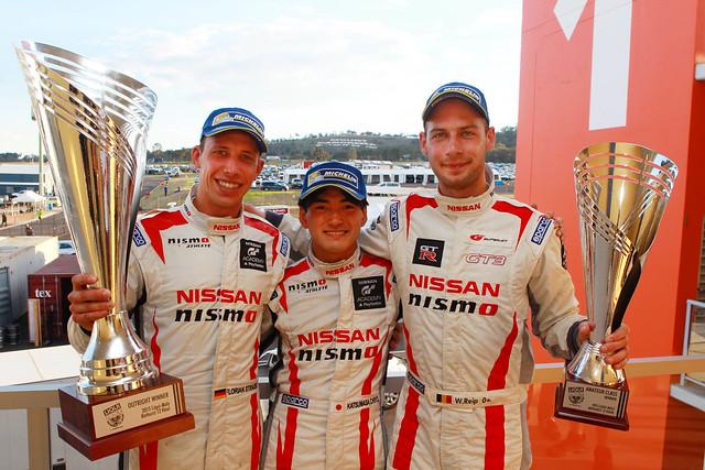 Bathurst podium 2015 - Florian, Chiyo, Wolfie