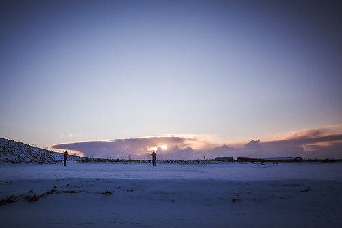 longexposure morning winter light people sun sunlight snow cold ice clouds sunrise landscape rising footsteps