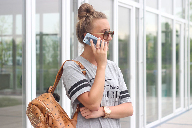 t-shirt-dress-and-lace-up-sandals-wmbg-go-customized-phonecase