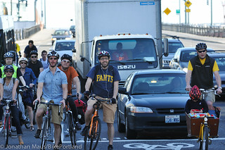 Bike traffic on NW Broadway-16