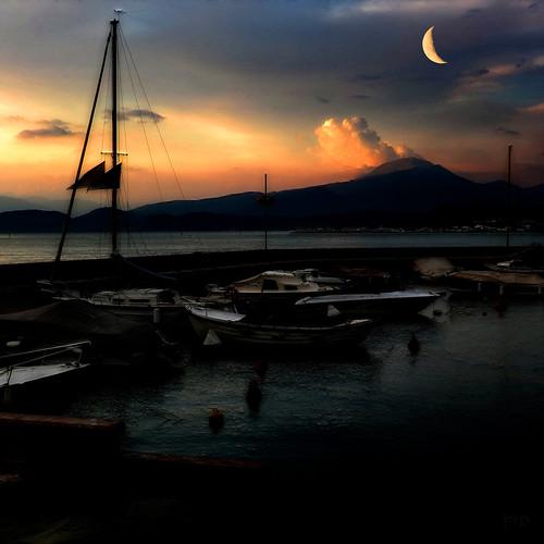 Moon over Lago di Garda
