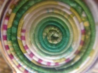 Paper stratum jewelry