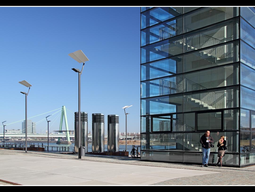 Public viewing köln rheinauhafen