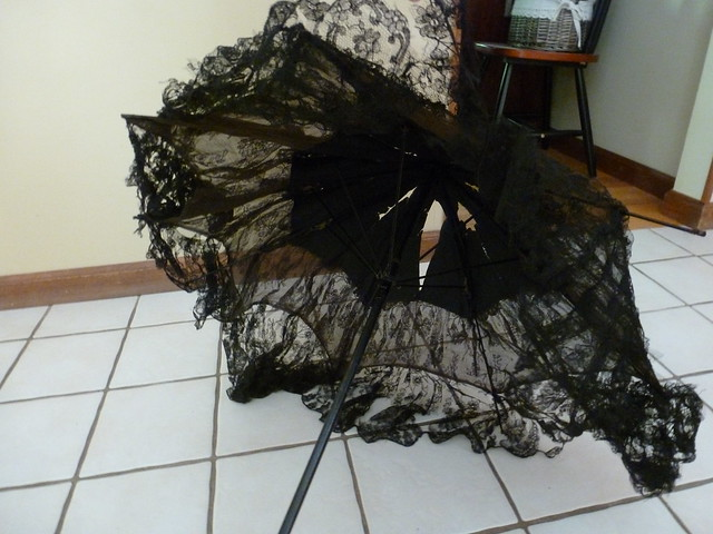black lace antique parasol 4