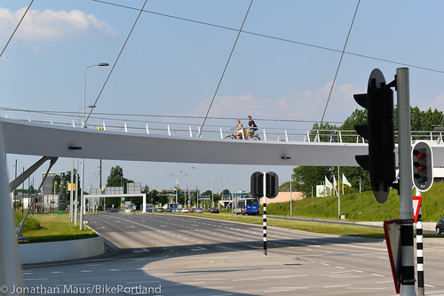 The Hovenring in Eindhoven-38