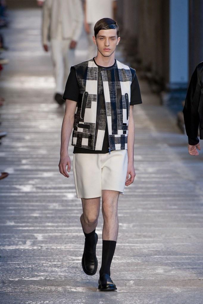 SS14 Milan Neil Barrett009_Martin Conte(fashionising.com)