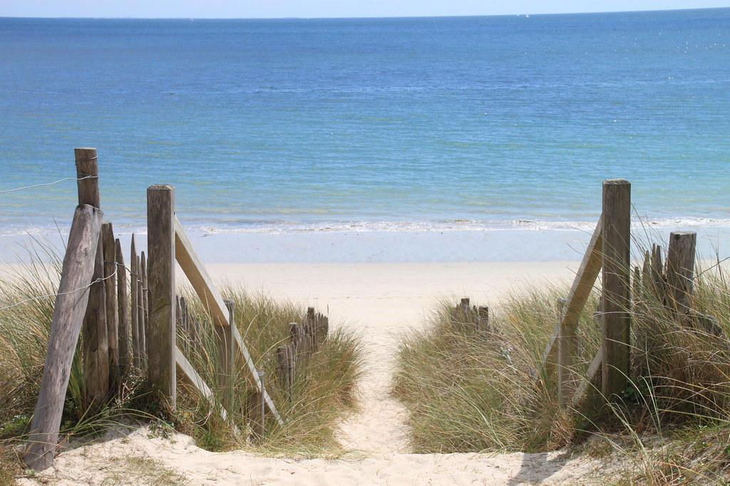 Sainte Marine beach, Brittany perfect place for the l'arrière saison