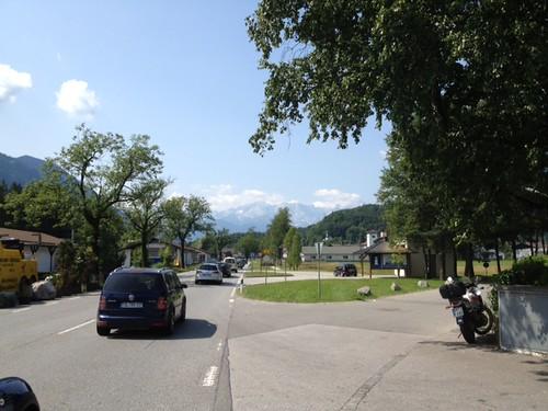 Der übliche Sonntagsverkehr auf der B2 by Oberau-Online