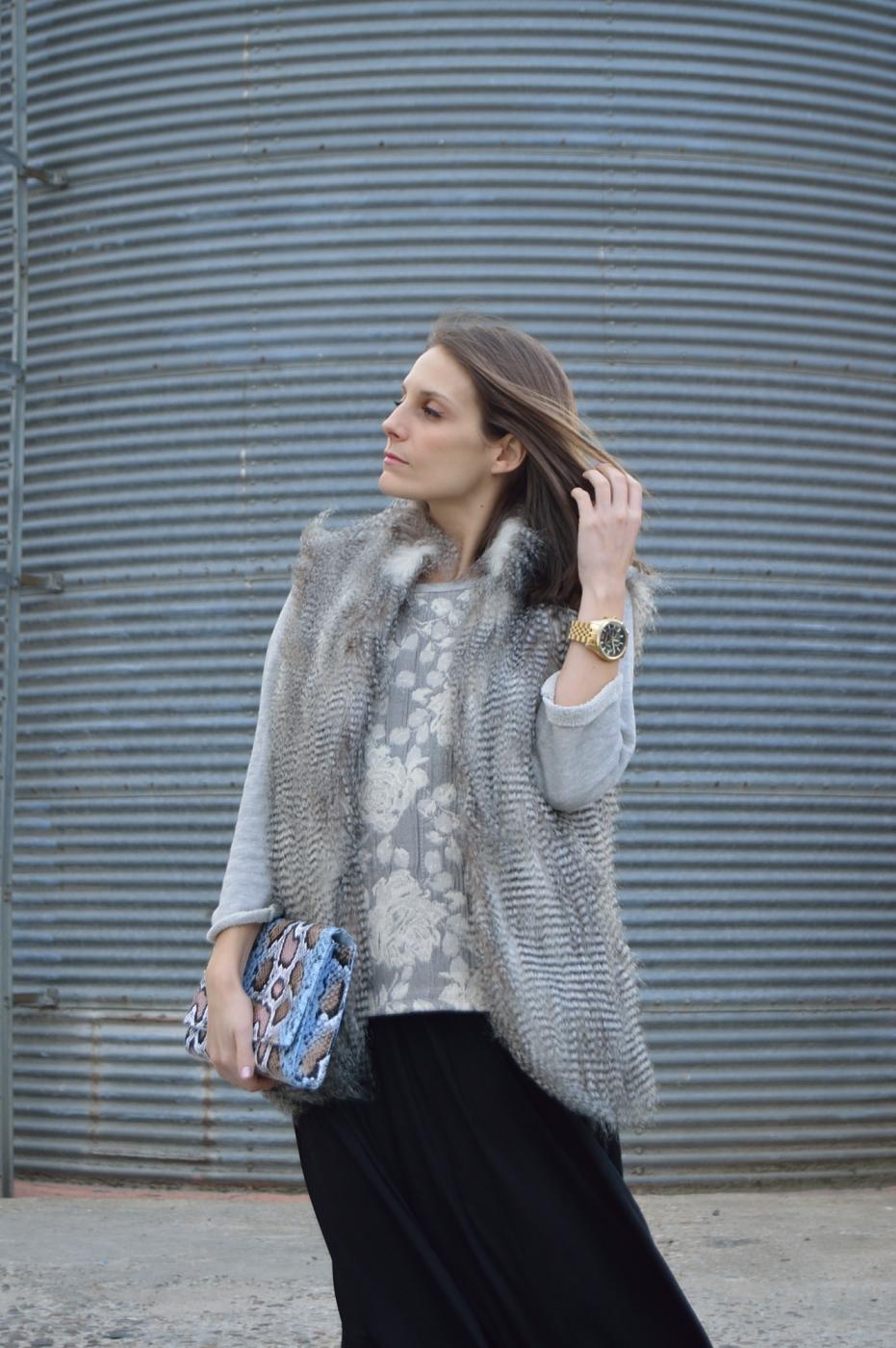 lara-vazquez-madlula-style-ootd-look-fashion-blog-faux-fur-vest