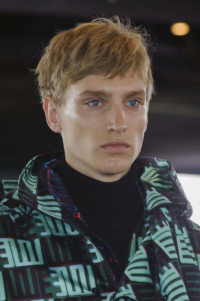 Jeroen Smits3215_FW15 Paris Kenzo(fashionising.com)
