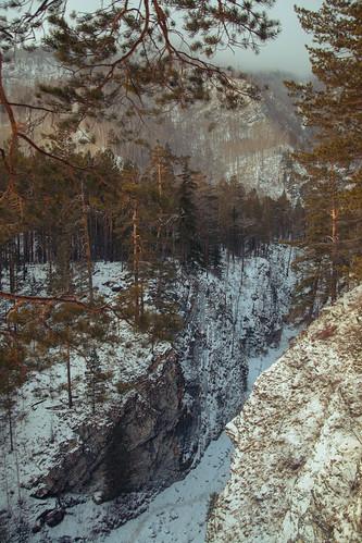 trip travel winter mountain snow ice pine forest river landscape woods rocks view russia january canyon сосны январь россия лес пейзаж зима горы река arshan лед вид buryatia путешествие скала бурятия трип ущелье сосновый аршан kyngyrga замерзший кынгырга